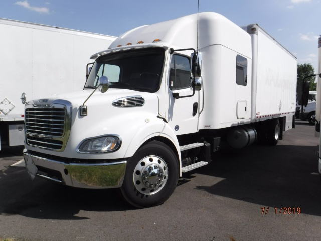 Pre-Owned 2016 Freightliner M2112