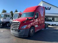 Pre-Owned FREIGHTLINER CASCADIA
